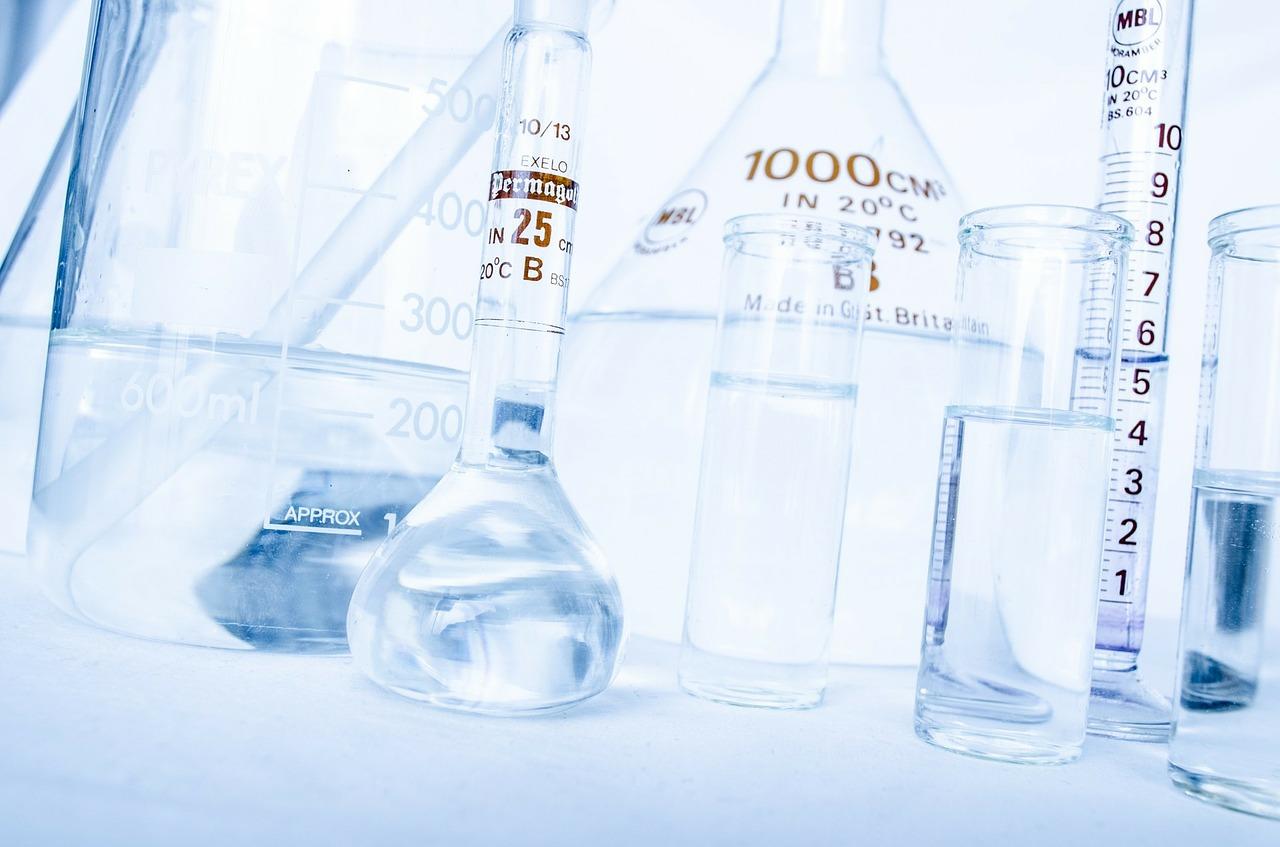 matériel de chimie de laboratoire